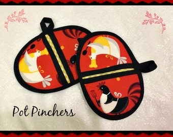 Handmade Pot Pinchers Pot holders, chickens themed set of two
