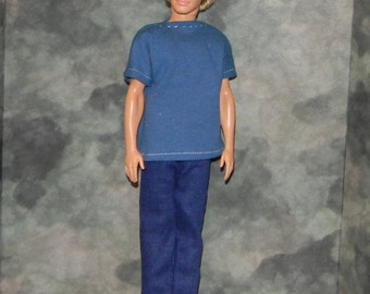 KEN1-24) Ken doll clothes, 1 blue t-shirt and blue jeans