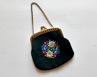 Vintage Coin Purse // Small Embroidered Petit Point Black Coin Purse
