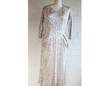 Amazing vintage 1920s 1930s delicate jacquard weave dress with bows