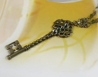 Victorian Style Skeleton Key Necklace, Peridot Green Jonquil Yellow Swarovski Crystal Key Pendant Necklace, Gift Ideas for Women, Boho Chic