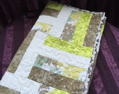 Quilt, baby quilt, handmade quilt, ready to ship, made in Hawaii, unisex quilt, Hawaiian, baby blanket, shower gift, lap quilt, Cotton quilt