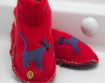 cute cat slippers from upcycled wool sweater