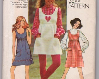 Vintage 1971 Sewing Pattern, Uncut Ladies Size 14 tunic dress and blouse