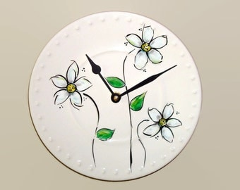 NEW! Hand Painted Daisy Wall Clock, 9 inches SILENT, Whimsical Daisy Clock, Porcelain Plate Wall Clock, Kitchen Clock - 2134