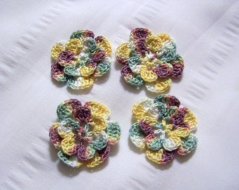 Appliques hand crocheted flowers set of 4 fairy princess cotton 1.5 inch
