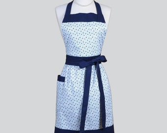 Classic Bib Apron . Summer Cottage Navy and White Daisies Chef Apron Personalize or Monogram Gift for Her