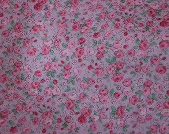 Flower Bouquet  Cotton Fabric by  Lecien 5108-110 Tiny Roses on Lavender