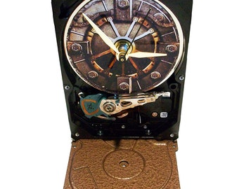 FREE SHIPPING! Hard Drive Clock with Gamer Fallout 4 Vault Door. Got Game?