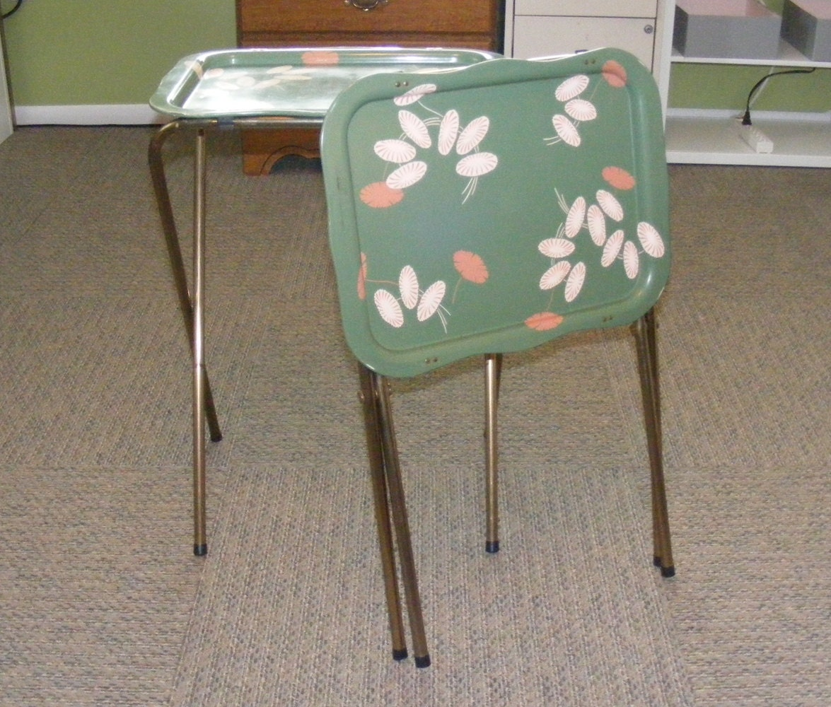 Vintage Pair of Metal TV Trays Folding Table Tray Table