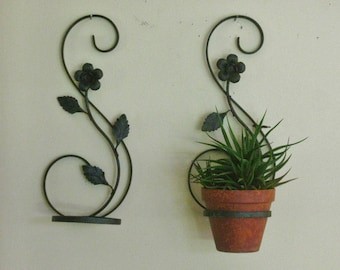 Pair of Vintage Wrought Iron Plant Holder Hanger, Black Metal Scrolls Tole Leaves Decorative Mid Century Wall Hanging Planter Old and worn