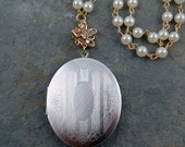 Vintage Silver Locket Necklace, Oval Locket Pendant, Photo Locket, Pearl Chain, Mother's Day Gift