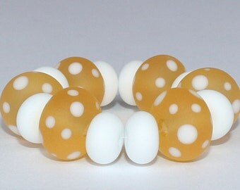 "Handmade Lampwork Beads, 14 Pieces ""Matte Transparent Amber and White"", Size about 8.3 to 12.0 mm"