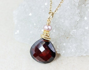 40 OFF SALE Red Garnet Necklace - Pink Freshwater Pearl