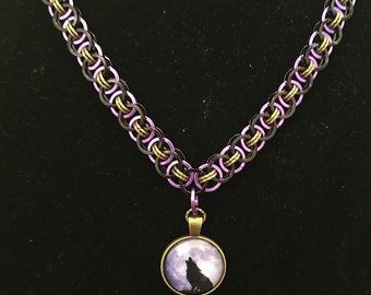 24 inch chain maille unisex necklace in purple and black with wolf pendant