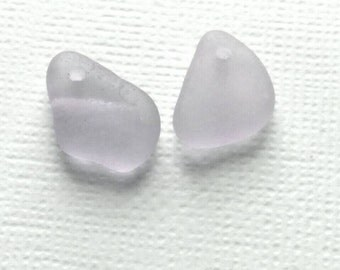 1 Set  Drilled Sea Glass EARRINGS  Pale LAVENDER   (p103)