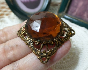 NICE vintage W GERMANY chunky amber Topaz color large rhinestone filigree Brooch Pin FREE Shipping