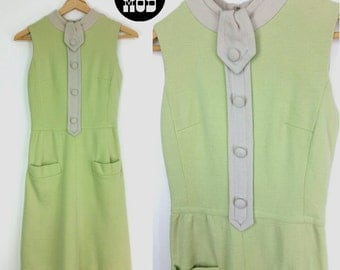 Cool Vintage 60s Mod Pastel Light Green and Off-White Wool Dress!