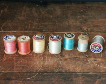 Assorted Vintage Thread, Instant Collection, Sewing Supplies, Tailor Supplies, Rainbow