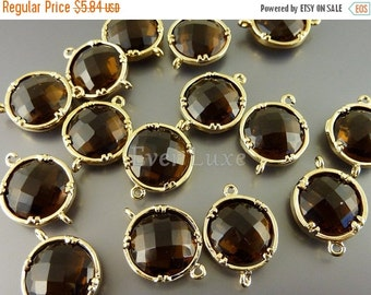 15% SALE 2 smoky quartz 12mm glass connectors, faceted round glass charms,  jewelry supplies 5014G-SQ-12 (bright gold, smoky quartz, 12mm, 2