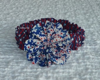 """Tiny Stars & Stripes Dog Scrunchie Collar with red, white and blue twirl flower - M 14"""" to 16"""" neck - OOAK"""