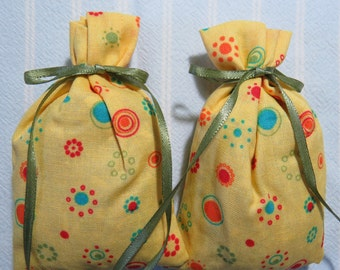 """Yellow 4""""X2"""" Sachet-'Violet Eyes' (type) Fragrance-Turquoise,Green and Red Sachet-Green Ribbon-Cotton Fabric Herbal Sachet-Cindy's Loft-208"""