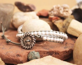 Sale Rio Puerco Moon - White Turquoise and Silver Leather Wrap Bracelet.
