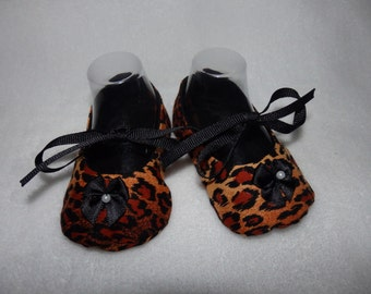 Ready to Ship - Size 3-6 Months - LEOPARD and Black Bow Mary Jane Baby Shoes - Sizes Available 0-3, 3-6, 6-9, 9-12 & 12-18 Months