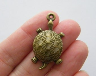 4 Turtle charms antique bronze tone BC131
