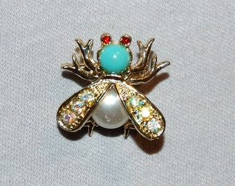 Vintage / Turquoise / Pearl / Brooch / Rhinestone /Aurora Borealis / Bee / Wasp / Bug / Insect  / old / jewelry / jewellery