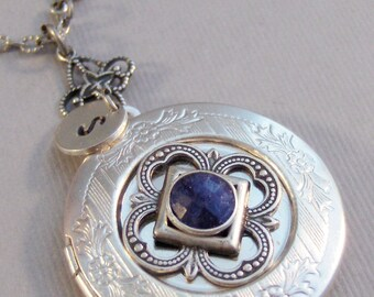 Sapphire Sparrow,Locket,Sapphire Necklace,Sapphire Locket,Sapphire Jewelry,Antique Sapphire,Photo Locket,Silver Locket,Blue Stone,Blue,raw