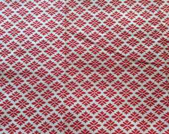 "Vintage Feed Sack Fabric 36"" x 45"" Red on White Print #007B"