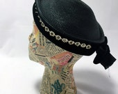 1950s Black Straw hat with daisies velvet and rhinestones