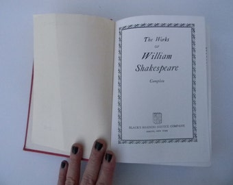 The Works of Shakespeare vintage hard cover book - William Shakespeare
