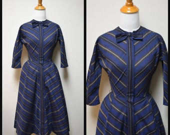 Vintage 50s/60s Navy Blue Fit & Flare Cotton Day Dress Size XS