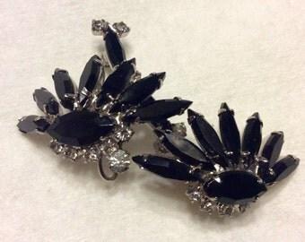 Black navette rhinestone duet brooch. Free ship to US.