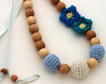 Teal Blue Nursing Necklace / Teething necklace / Flower Necklace