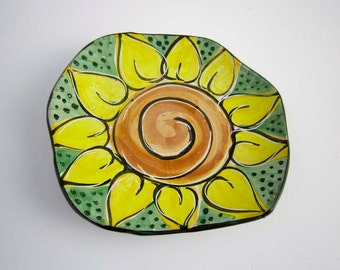 Yellow Sunflower Flower - Ceramic Wall Hanging - Pottery Clay Tray - Majolica - Organic Shaped - Dish - Wall Decoration