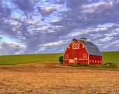 Palouse Country Barn.  Rural life wall art from still photography.  Fine art print for home decor or wall art.