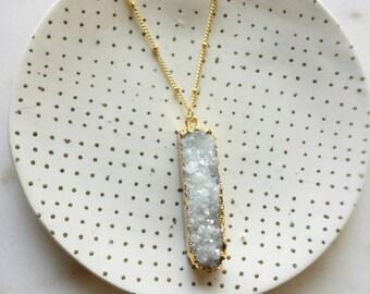 Druzy bar necklace, modern pretty jewelry