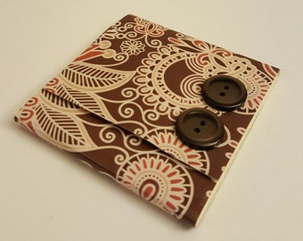 Dark Brown and Tan Paisley Sticky Notes Pad with Two Dark Brown Buttons