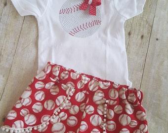 Baseball Coach/baby gift/baseball outfit/baseball appliqué/baseball shorts/girls clothes/Coachella shorts