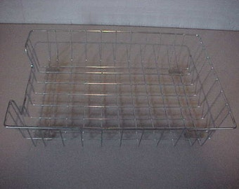 Wire Mesh In/Out Office Basket