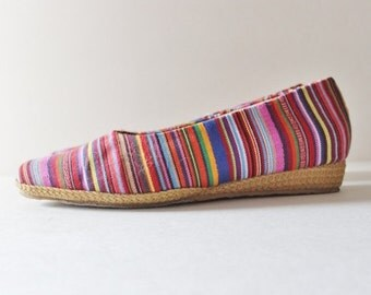 CIJ 40% off sale // Vtg 80s Striped Tapestry Fabric Wedges - Women 8.5 - Beacon Espadrilles, rainbow, boho vibe