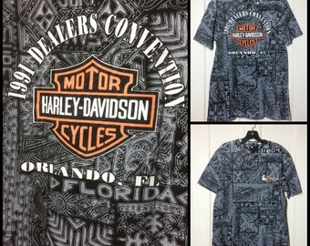 1990s full print Harley Davidson Motorcycle T-shirt size Large 20.5x29.5 black 1991 Dealers Convention Florida tribal print Stratman