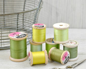 Vintage Thread-Green-Wooden Spools