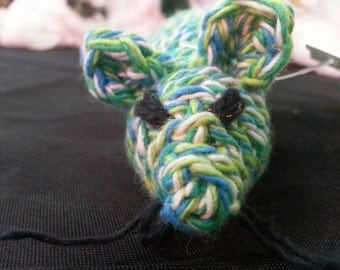 Handmade crochet cat toy in cotton with organic catnip