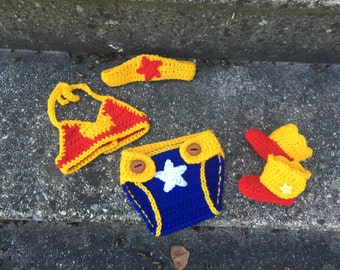 Wonder Woman Crochet Baby Set