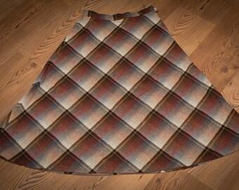 Parsons Place Ltd. Earthtones Plaid Skirt, Wool Blend, Vintage 70s-80s