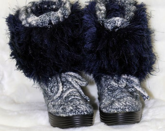 Navy Crochet boots, Handmade boots, Indoor Outdoor Boots, Fuzzy Boots, Winter boots, Women Shoes, Women Boots, Navy Boots, Handmade Crochet